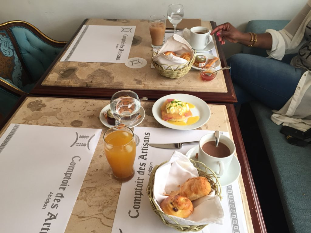 L'Abidjan food de Saraounia Le Comptoir des Artisans Abidjan Côte d'Ivoire